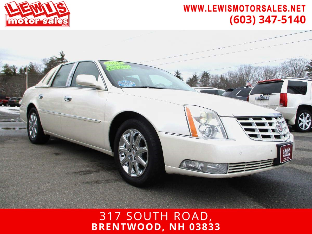 2010 Cadillac DTS w/1SD Navigation Moonroof