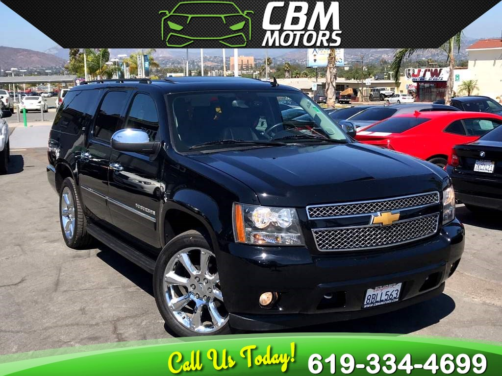 2014 Chevrolet Suburban LTZ 4WD W/ NAV/ BACK UP CAMERA/ 3RD ROW/ DVD