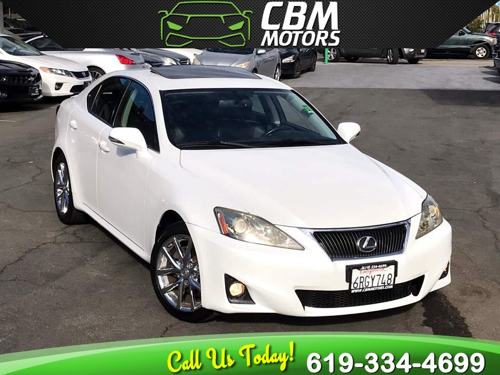 2011 Lexus IS 250 W/ PREMIUM PKG/ MOONROOF/ CLEAN CARFAX