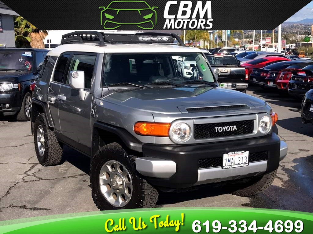 2012 Toyota FJ Cruiser 4X4 W/ OFFROAD PKG/ BACK UP CAMERA/ BLUETOOTH