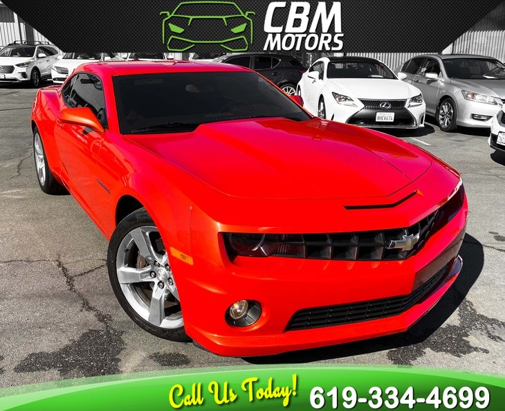 2010 Chevrolet Camaro 1SS COUPE V8 W/ RS PKG/ 1 OWNER/ SUPER LOW MILES