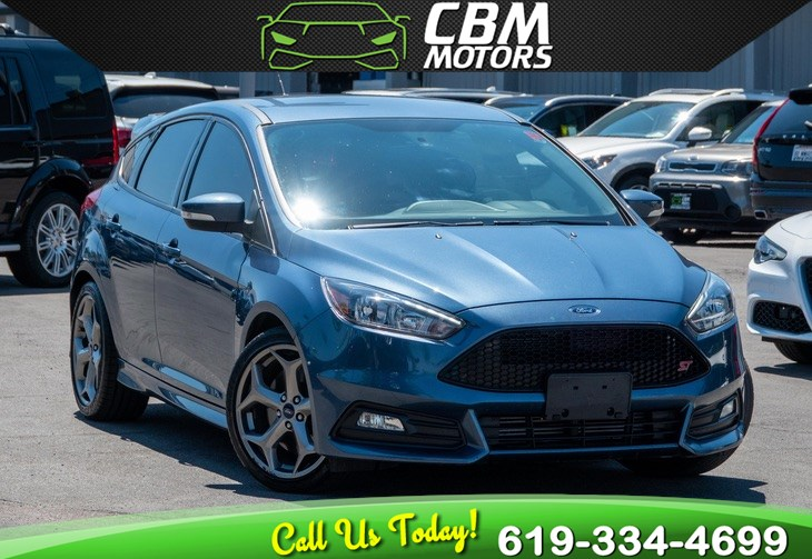 2018 Ford Focus ST TURBOCHARGED 6-SPEED MANUAL W/ BACK UP CAMERA