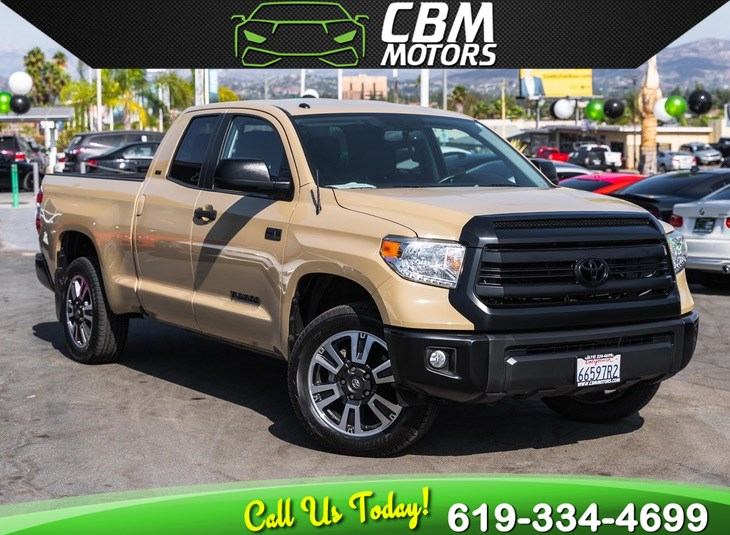 2017 Toyota Tundra 2WD SR5 5.7L DOUBLE CAB W/ BACK UP CAMERA/ LOW MILES