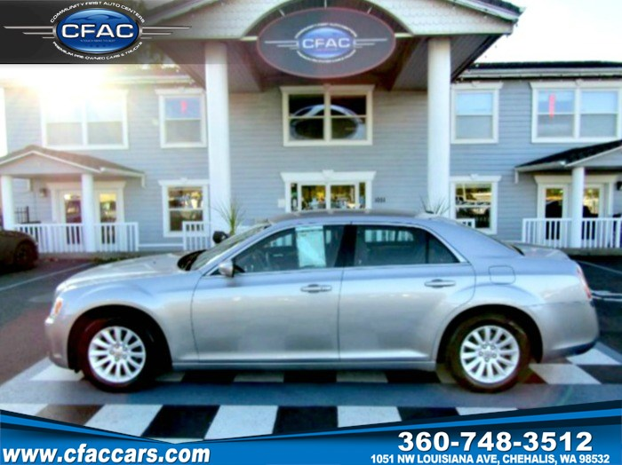 2013 Chrysler 300 Leather Loaded Sedan