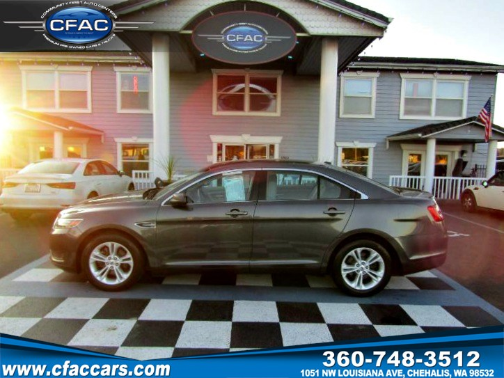 2016 Ford Taurus SE Sedan  (27 MPG!!)