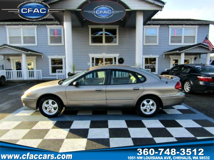 2006 Ford Taurus SE Sedan   ( 27 MPG!!)