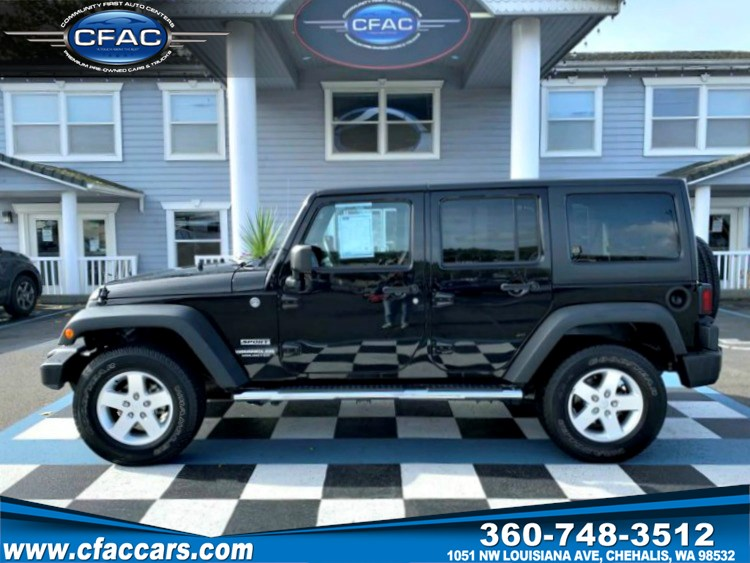 2014 Jeep Wrangler Unlimited Sport 4WD  ONLY 22K MILES