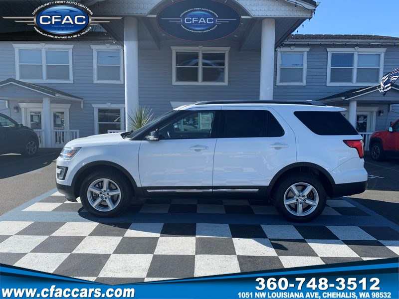 2017 Ford Explorer XLT 4WD SUV w/ 3RD ROW