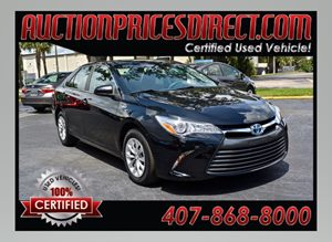 View 2015 Toyota Camry Hybrid