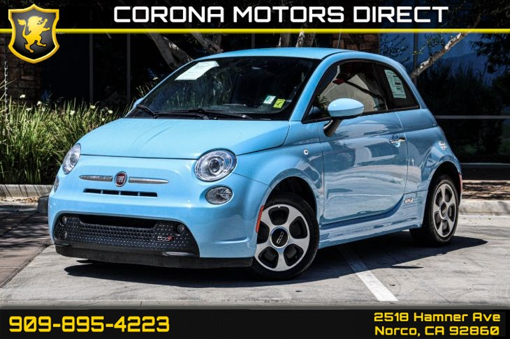 2017 FIAT 500e (w/ Preferred Package)