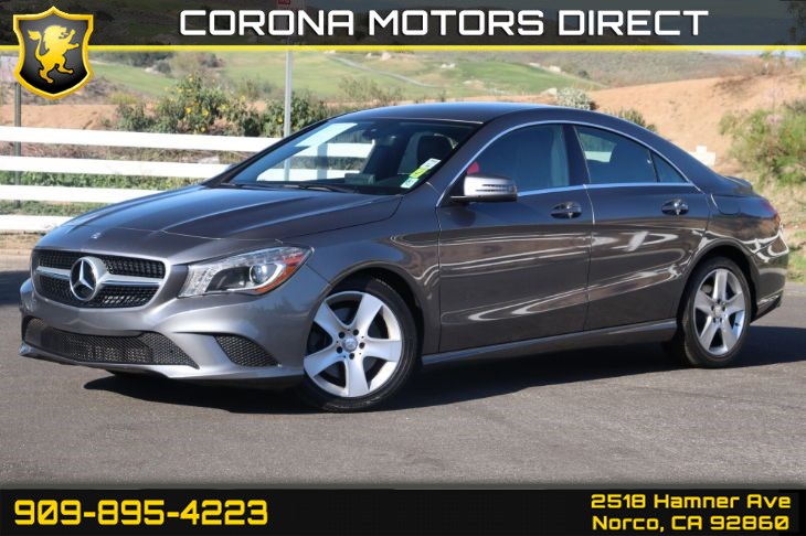 2016 Mercedes-Benz CLA 250 ( Premium Package & Bi Xenon Headlights )