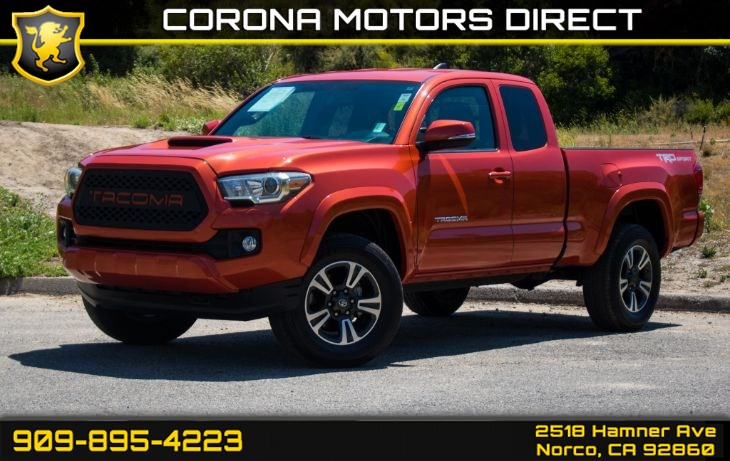 2017 Toyota Tacoma SR5 (w/ TRD Sports Package & Tow Package)