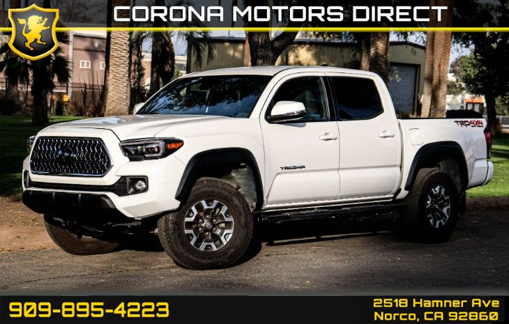2018 Toyota Tacoma SR (TRD 4X4 OFF SPORT PACKAGE)