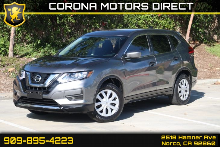 2017 Nissan Rogue S ( W/ BACK UP CAMERA & BLUETOOTH )