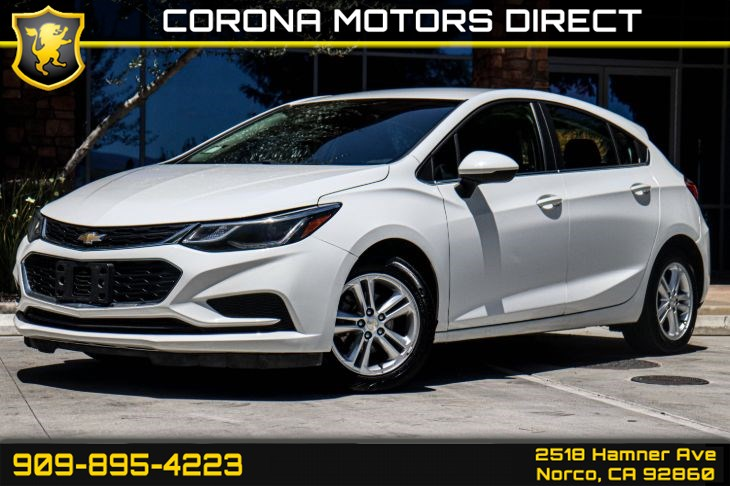 2017 Chevrolet Cruze LT (w/ Preferred Equipment Group & Bluetooth)