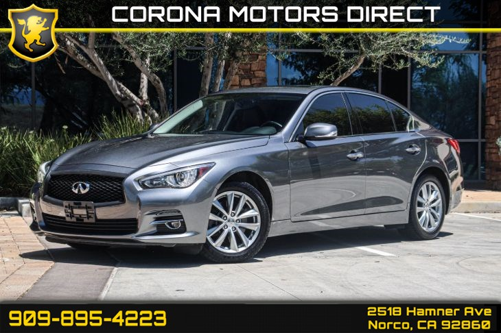 2017 INFINITI Q50 2.0t ( MOONROOF PKG & BACK UP CAMERA )