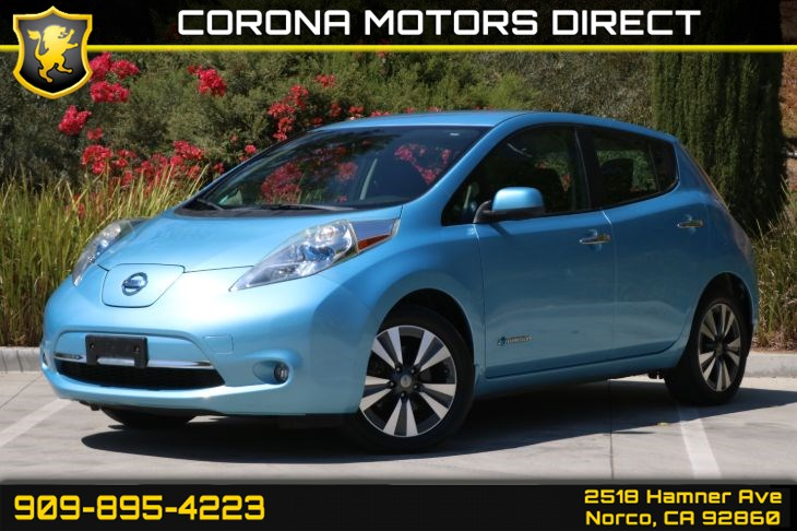 2015 Nissan LEAF SV (W/ Back-up Camera & Bluetooth)