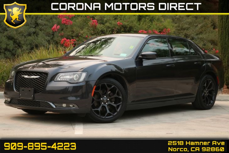 2019 Chrysler 300 300S (W/ Back-up Camera & Bluetooth)