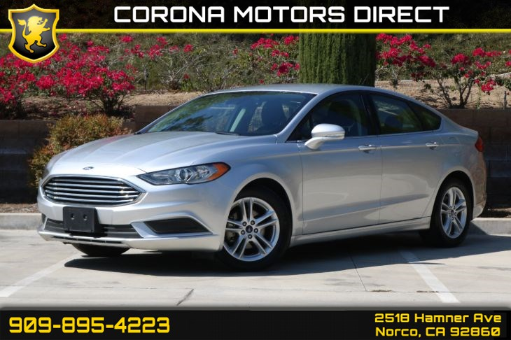 2018 Ford Fusion SE (W/ Back-up Camera & Bluetooth)