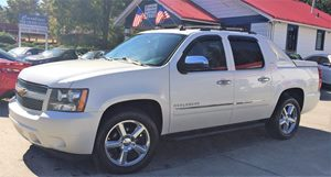 View 2011 Chevrolet Avalanche