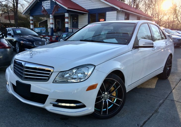 2013 Mercedes-Benz C 300 4MATIC Luxury Sedan