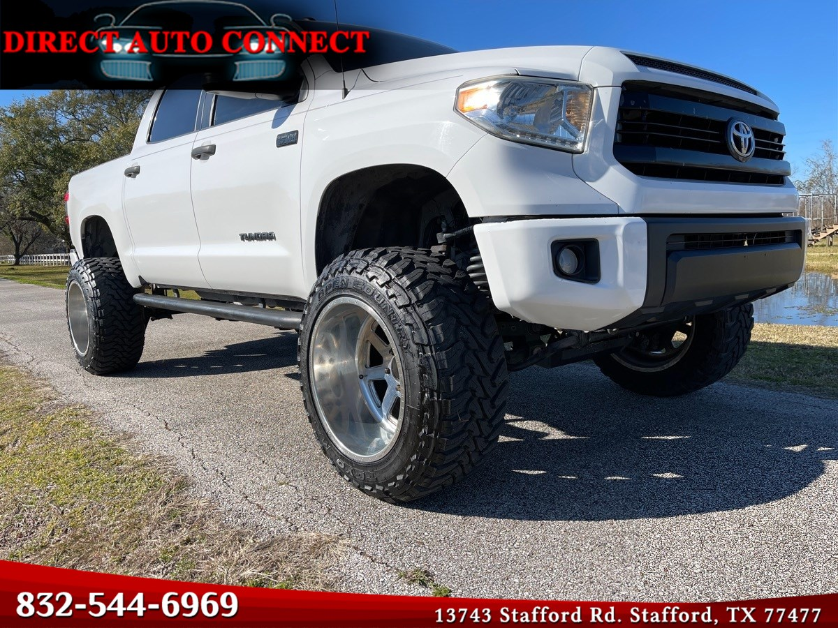 2014 Toyota Tundra 2WD SR5 TSS 9IN LIFT Fuel 22IN Wheel & 37In Tires. 2 Subs