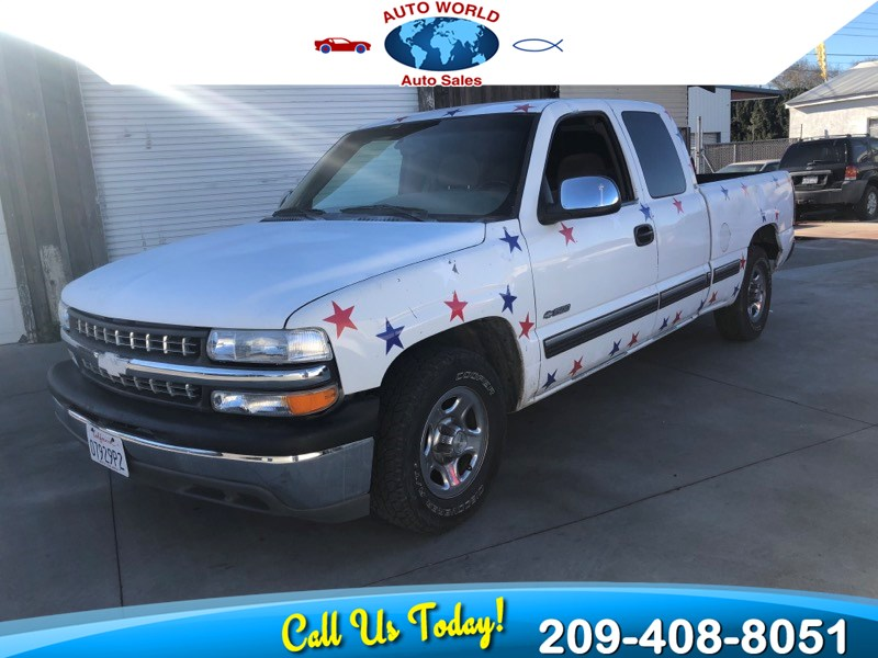 2001 Chevrolet Silverado 1500 LS - Auto World Auto Sales