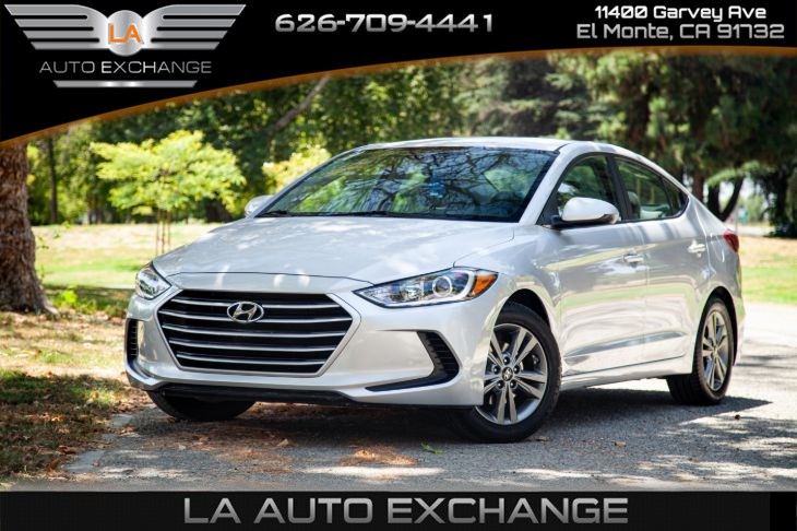 2017 Hyundai Elantra SE (Backup Camera & Smart Device Integration)