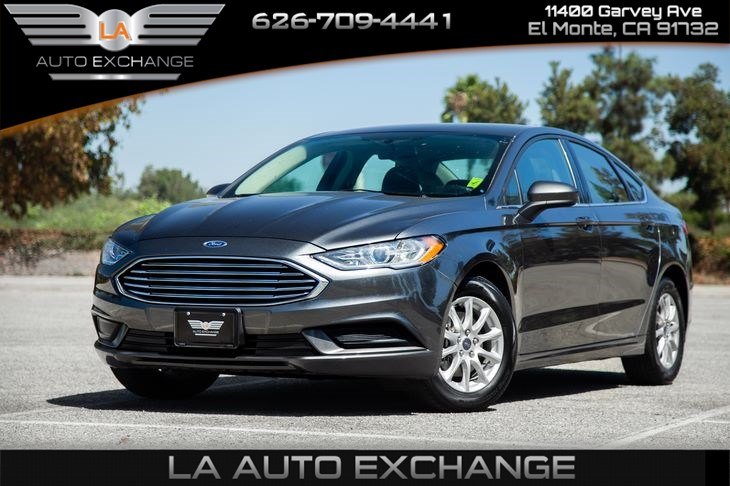 2017 Ford Fusion S (Gas Saver & Eco Friendly)