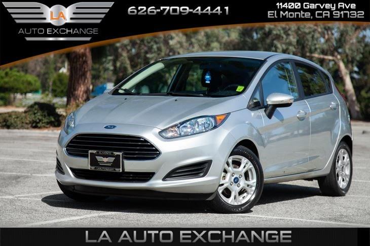 2016 Ford Fiesta SE  (Gas Saver & Low Miles)