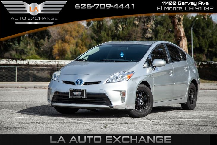 2012 Toyota Prius One (Mp3 & CD)