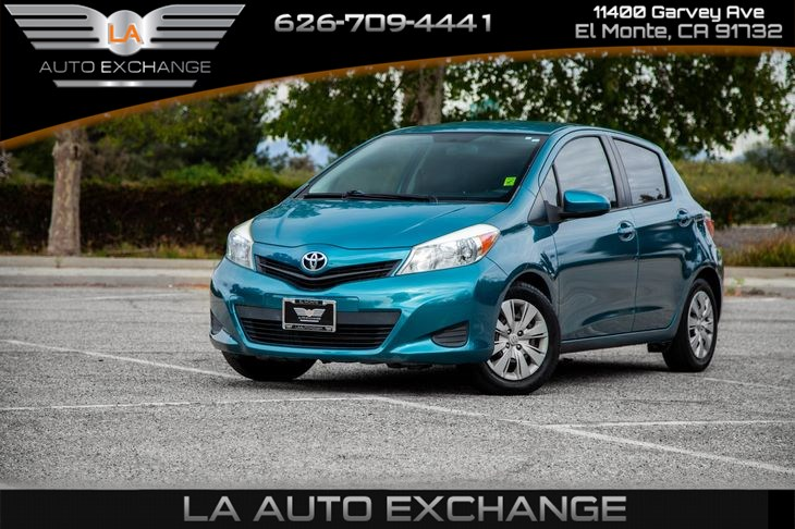 2012 Toyota Yaris L (Mp3 & Aux)