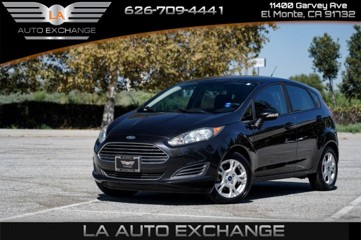 2015 Ford Fiesta SE (Mp3 & Aux)