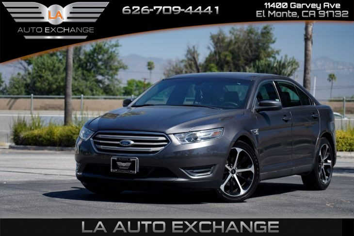 2015 Ford Taurus SEL (Backup Camera & Mp3)
