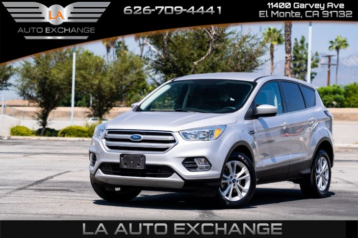 2017 Ford Escape SE(Backup Camera & Smart Device)