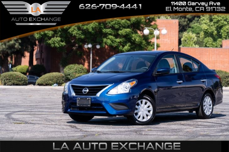 2018 Nissan Versa Sedan SV (Mp3 & Backup Camera)