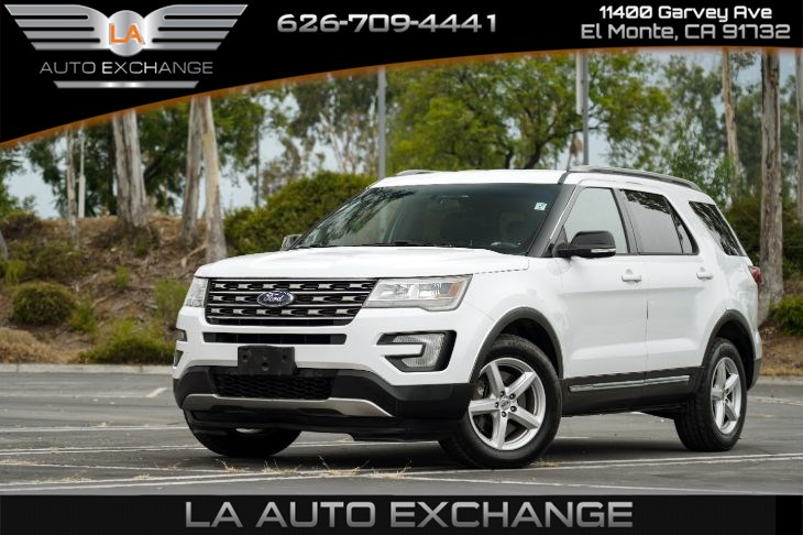 2016 Ford Explorer XLT (Backup Camera & Mp3)