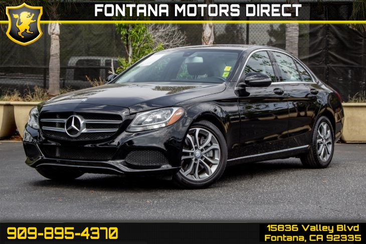 2016 Mercedes-Benz C 300 (Navigation & Rear View)