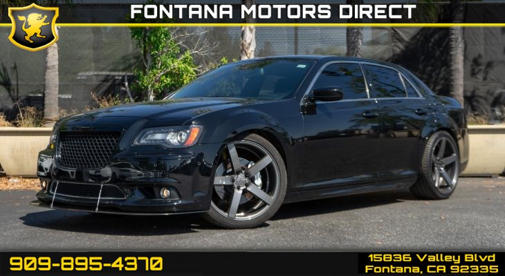 2012 Chrysler 300 SRT8 (Leather Interior Group & Panoramic Sunroof)