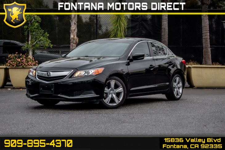 2015 Acura ILX 2.0L (Heated Front Seats & Back-Up Camera)