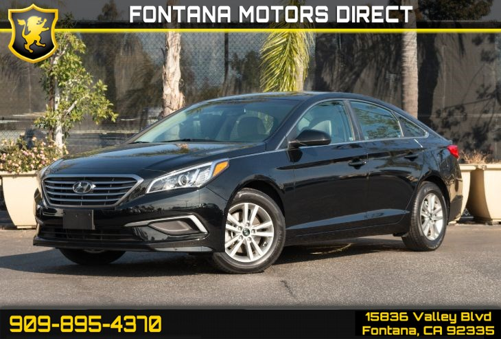 2017 Hyundai Sonata SE (Smart Device Integration & Back-up Camera)