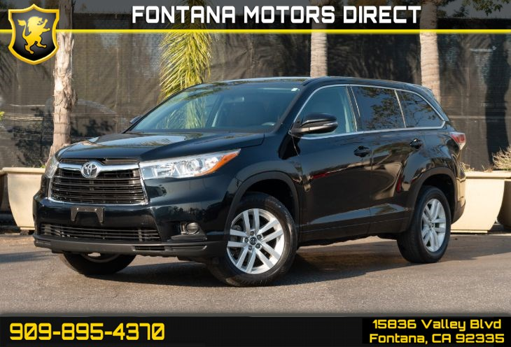 2016 Toyota Highlander LE (Bluetooth Connection & Cruise Control)