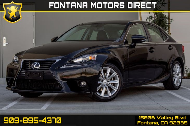 2015 Lexus IS 250 (PREFERRED ACCESSORY PACKAGE)