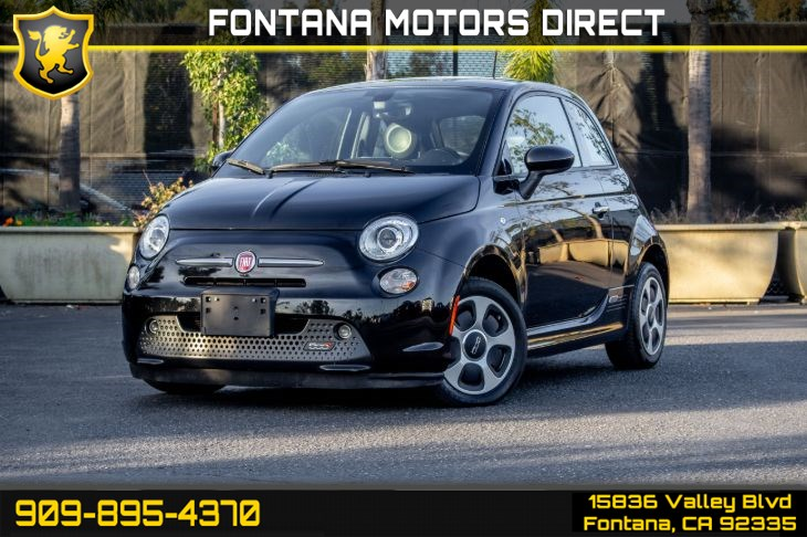 2017 FIAT 500e (Sunroof & Navigation)