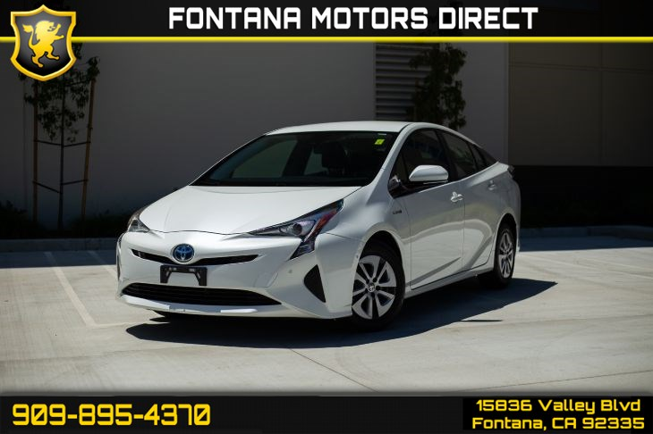 2018 Toyota Prius Two (SAFETY PACKAGE & ALL WEATHER PACKAGE)