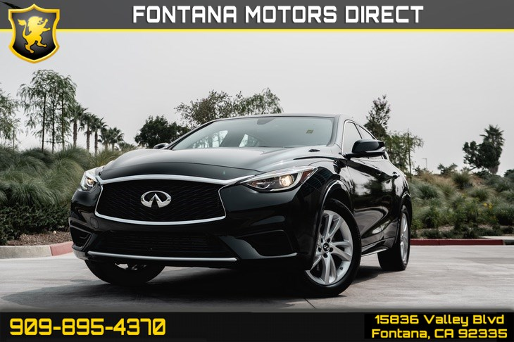 2018 INFINITI QX30 Luxury (Turbocharged & Back-Up Camera)