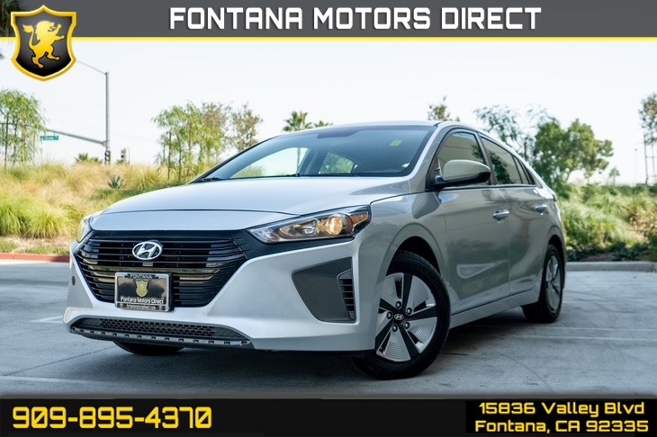 2017 Hyundai Ioniq Hybrid Blue (Back up Camera & Bluetooth)