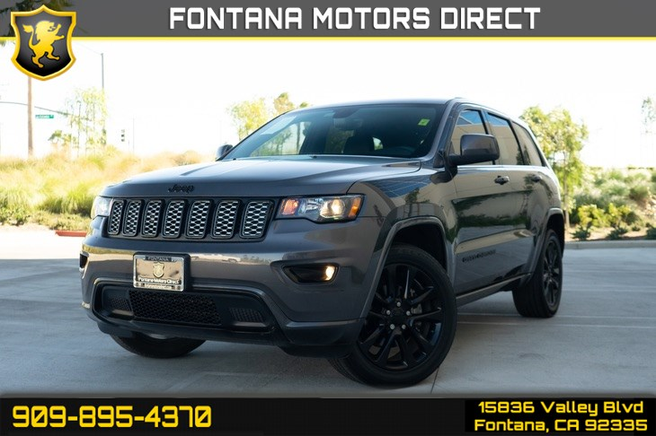 2018 Jeep Grand Cherokee Altitude ( BLUETOOTH & BACK UP CAMERA )