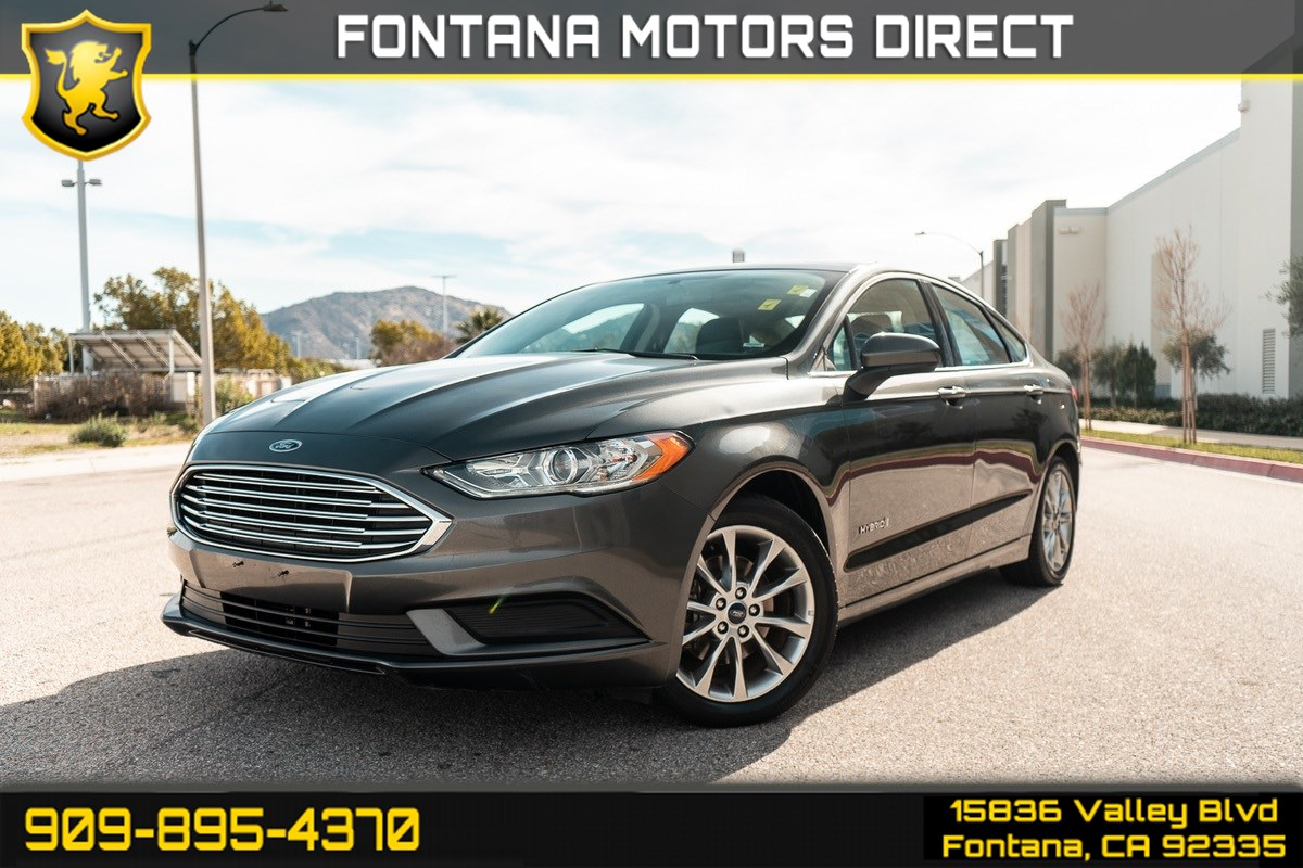 2017 Ford Fusion Hybrid SE ( BLUETOOTH & BACK UP CAMERA )