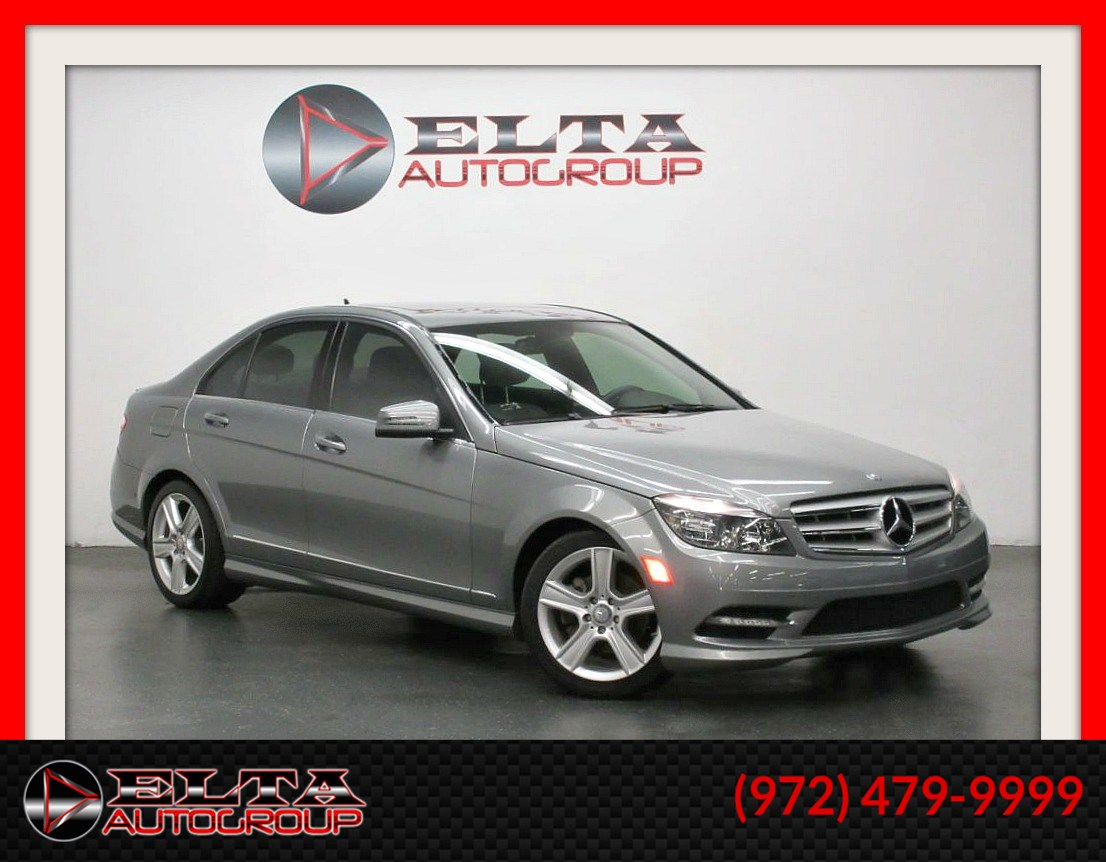 2011 Mercedes-Benz C 300 SPORT * NAVIGATION * SUNROOF * 1 OWNER